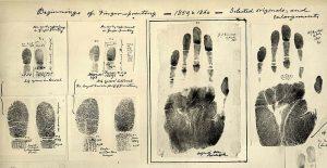 800px-Fingerprints_taken_by_William_James_Herschel_1859-1860